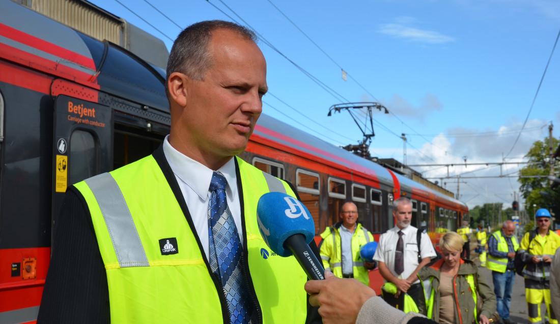 Samferdselsminister Ketil Solvik-Olsen. (Foto: Brit Wang/Jernbaneverket).
