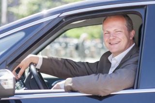 Samferdselsministeren kjørte E6 Oslo-Kirkenes sommeren 2014. Foto: SD/Tor Midtbø