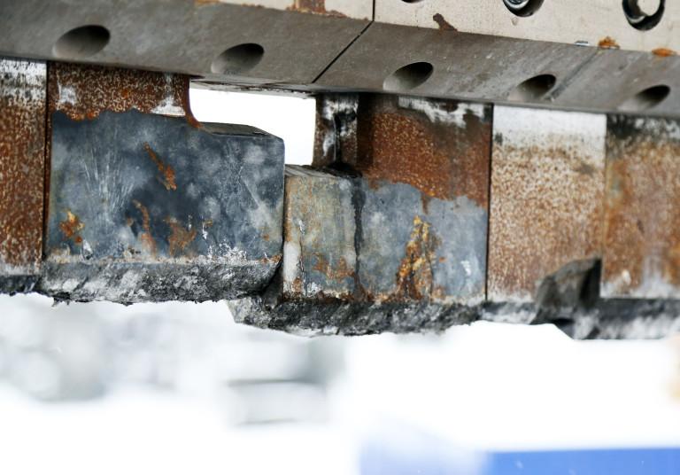 Mjølners ekstreme ståltenner. Når de blir slitt bestilles nye fra den tsjekkiske produsenten.