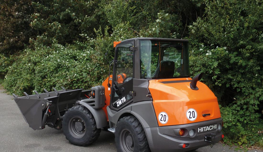 Hjullasteren ZW75, en av tre kompaktlastere som skal produseres for Hitachi på den tyske Mecalac-fabrikken.