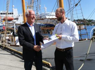 Det er Samfunnsøkonomisk analyse AS, her representert ved Rolf Røtnes (t.h.), som har utarbeidet rapporten på oppdrag for MEF og Trond Johannesen. (Foto: Runar F. Daler).