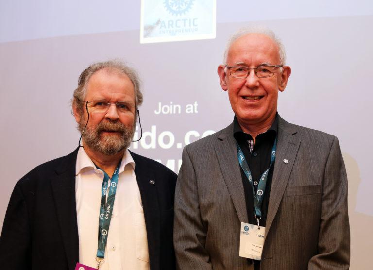 Kjell Arne Aurstad i K.A. Aurstad AS og MEF-sjef Trond Johannesen. (Foto: Runar F. Daler).