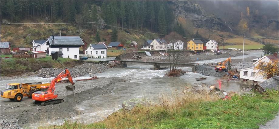 Fra Flåmselva i Sogn og Fjordane i 2014. (Foto: NVE).