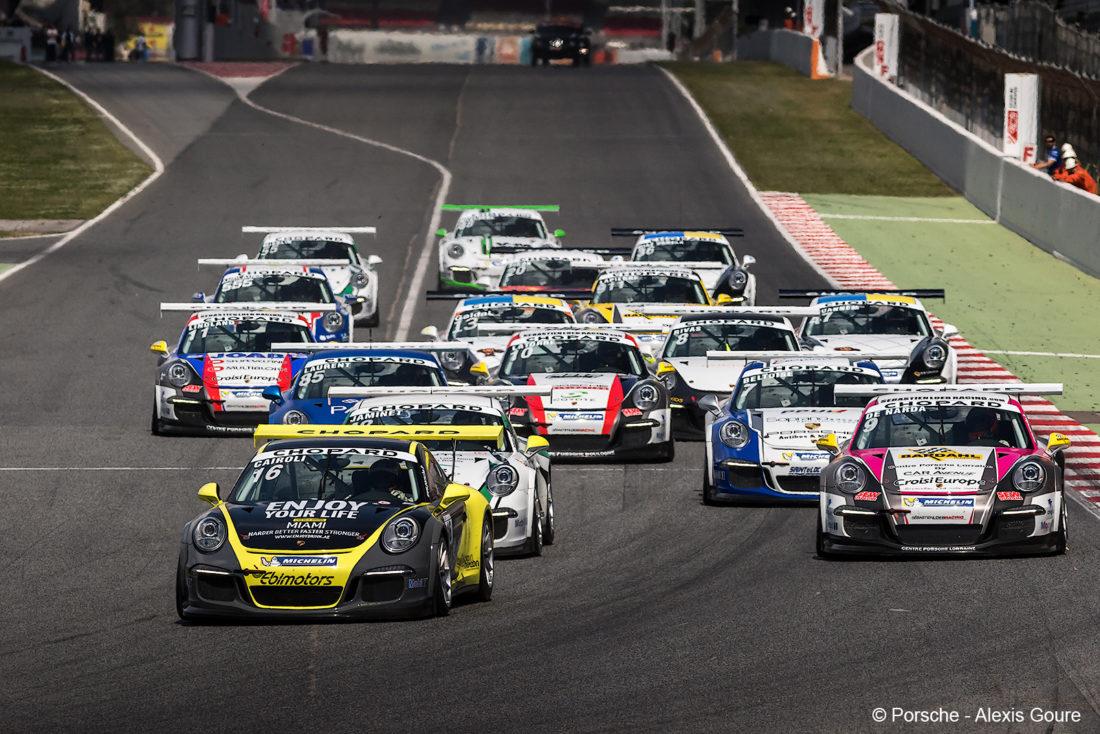 Fra Barcelona i 2015. Roars bil er til venstre midt i bildet, innerst i banen. (Foto: Alexis Goure).