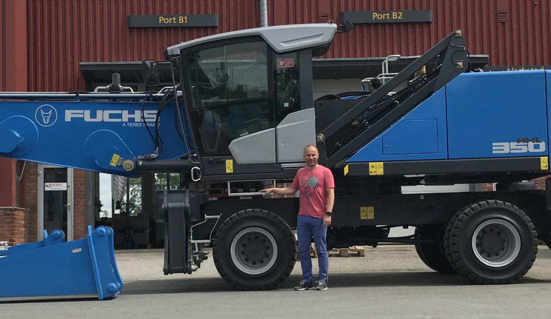Daglig leder Claus Leite i Kiesel Skandinavia AS, som nå har endret navn til Kiesel Norge AS. Selskapets Deres hovedprodukt er materialhåndteringsmaskiner fra Terex Fuchs. (Foto: Kiesel Norge AS).