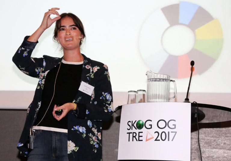 BIODRIVSTOFF: – For å fase ut alt fossilt drivstoff er vi helt avhengig av biodrivstoff, sa Anne Marit Melby i miljøstiftelsen Zero. (Foto: Runar F. Daler).