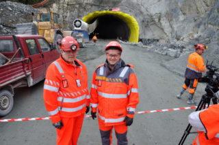 Byggeleder Svein Borgen (t.v.) og prosjektleder Tom Hedalen i Statens vegvesen. (Foto: Kjell Wold)/Statens vegvesen).