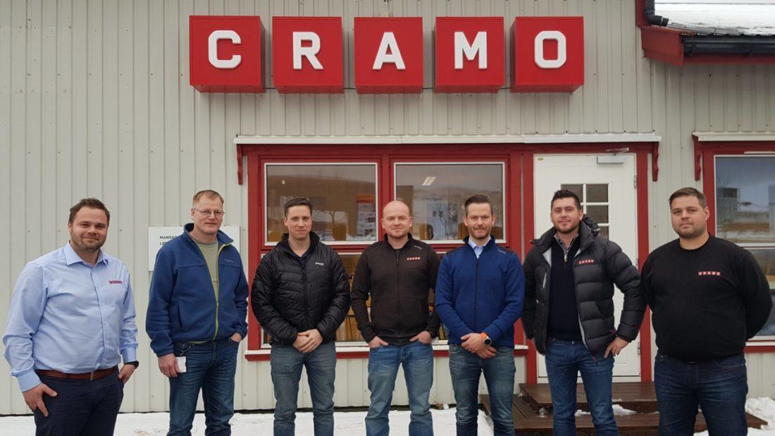 Cramo signerte storkontrakt med AF Gruppen i Midt Norge. Fra venstre: André Høvstad, Frank Otto Johannessen (AF), Bård Solem (AF), Bjørnar Husa, Kjetil Moen, Bengt Ulvin og Jan Erik Grundstad.(Foto: Cramo Norge).
