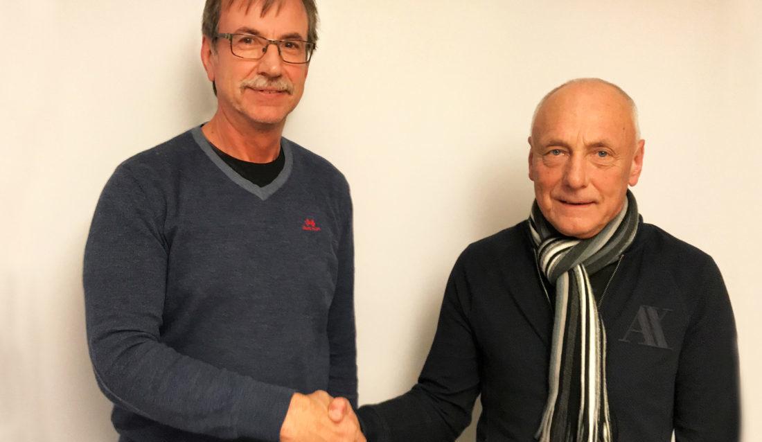 Terje Bratberg (t.v.) overtar sjefsstolen etter gründer og daglig leder Tore Løkke. (Foto: Tore Løkke AS).