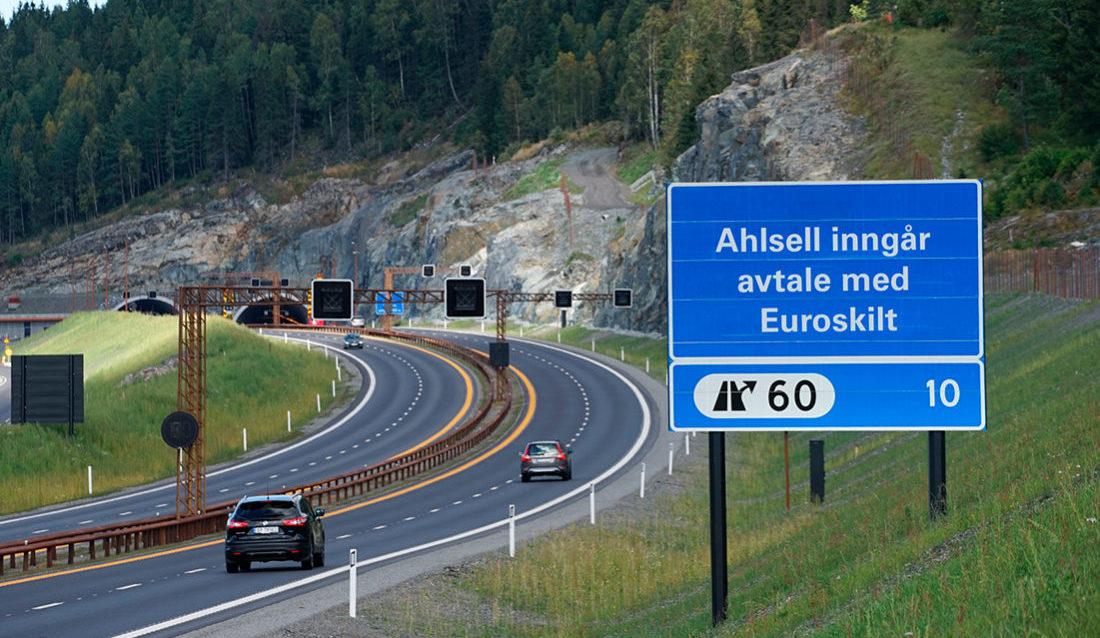 Ahlsell leverer nå skilt og varslingsmateriell fra Euroskilt.