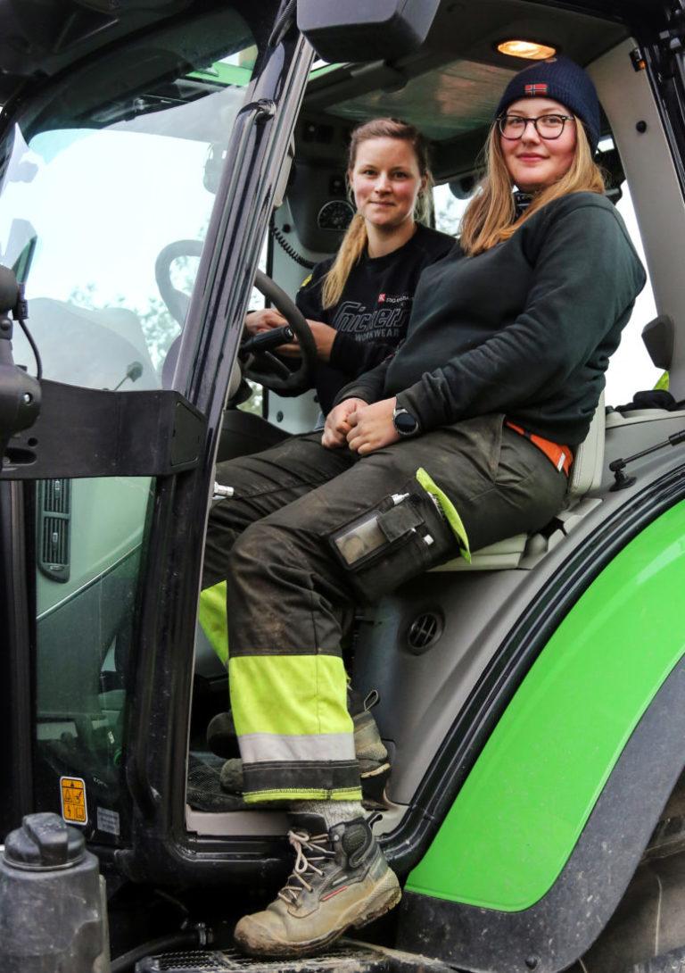 Madicken Blomqvist (t.v.) og Ingeborg Kjellberg. (Foto: Runar F. Daler).