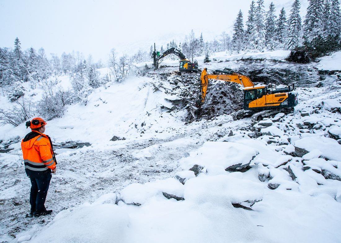 PÅHUGG: Vi var på besøk i midten av januar. Da så det slik ut der tunnelriggen nå har satt i gang.