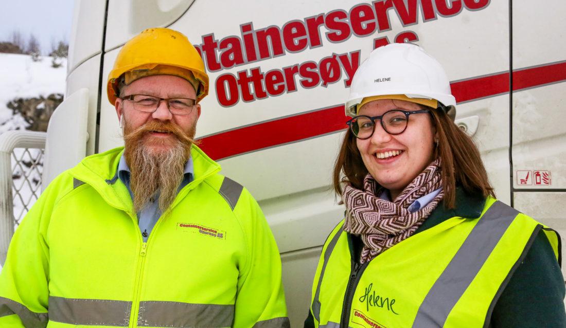 SATSER: Daglig leder Tom Richard Hamland og HMS-ansvarlig Helene Øyangen Lindberg har tro på at markedet for plastgranulat vil vokse. Ambisjonen er derfor å utvide driften med flere nye granuleringslinjer for å kunne produsere flere ulike fraksjoner. (Foto: Runar F. Daler).