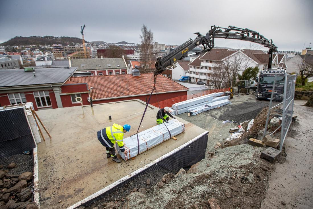 Varelevering til boligprosjektet i Sigrid Undsets vei i Sandnes.