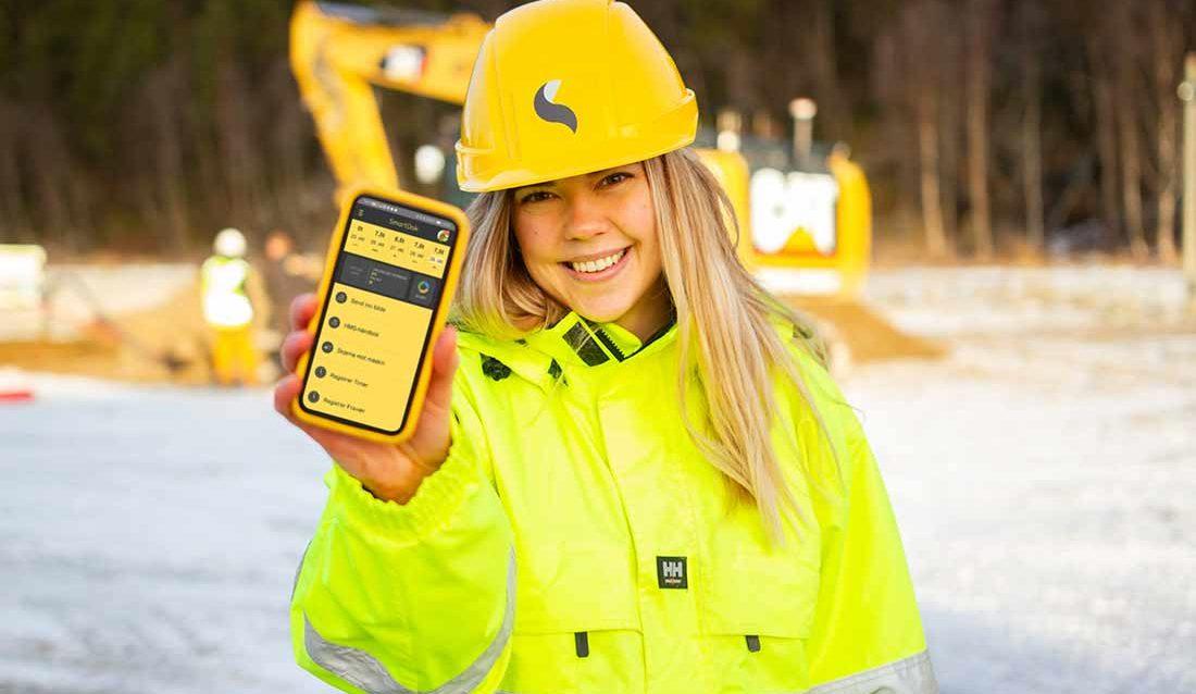 SmartDok - jente med smartmobil