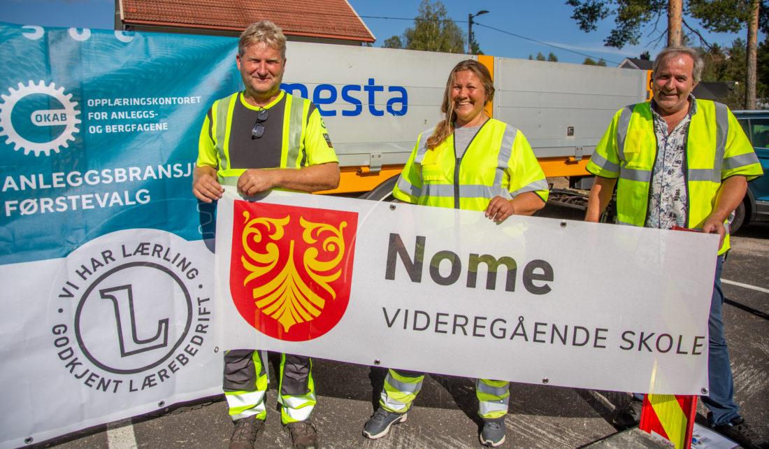 PRIMUS MOTOR-TRIO: Stein Egil Ødegård fra OKAB har sammen med Signe Greivstad og Knut Martin Tovslid fra Lunde vgs., avdeling Nome, stått for brorparten av planleggingen av sikerhetsuka. (Foto: Runar F. Daler).